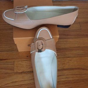 TOD'S Tan Loafers with White Trim and Buckle